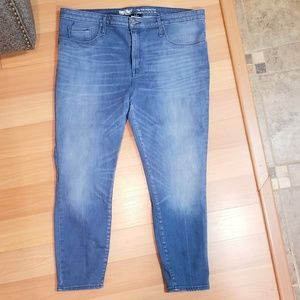 Mossimo Supply Co. Jeans - MOSSIMO High Rise Jegging Crop